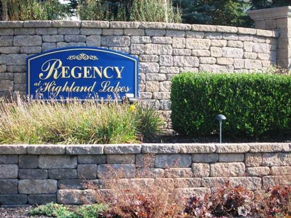 Regency at Highland Lakes